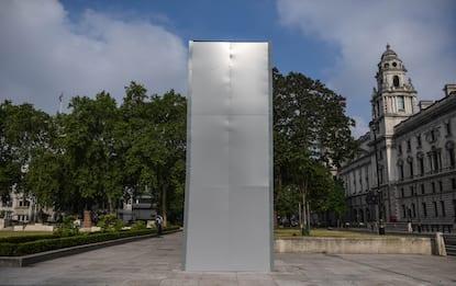 Razzismo Londra, impalcature per proteggere la statua di Churchill