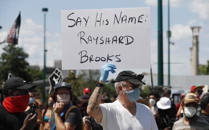 Atlanta, proteste per morte afroamericano Rayshard Brooks. FOTO