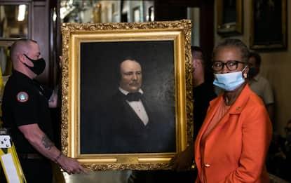 Rimossi i quadri degli speaker confederati. FOTO