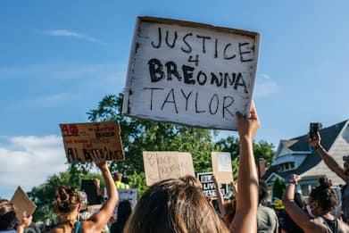 Usa, spari durante una protesta a Louisville: un morto e un ferito