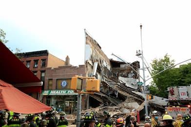 New York, crolla palazzo a Brooklyn: nessun ferito grave. FOTO