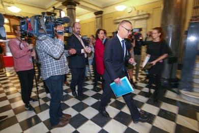 Nuova Zelanda, lascia il ministro della Sanità. Aveva violato lockdown