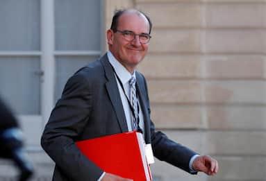 Francia, il nuovo premier è il 55enne Jean Castex