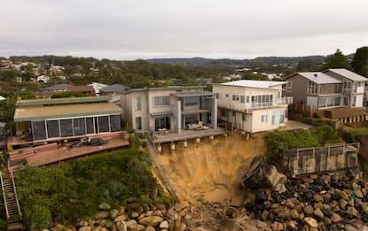Australia, case a rischio per le mareggiate sulla Central Coast. FOTO