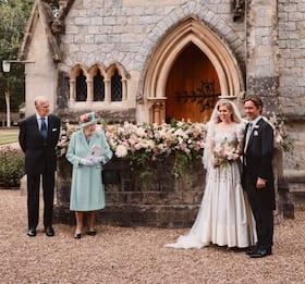 Gb, nozze Beatrice di York: nelle foto ufficiali manca il padre Andrea