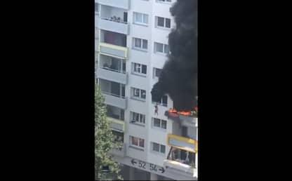 Grenoble, bambini si lanciano da 10 metri per sfuggire ad un incendio