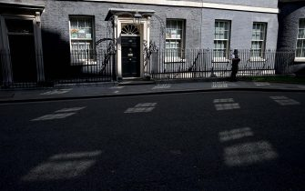 Sunlight is reflected off of the windows of 10 Downing Street, the official residence of Britain's Prime Minister, in central London on April 22, 2020. - British Prime Minister Boris Johnson tentatively began his return to work on Tuesday after being hospitalised for coronavirus, as parliament returned and criticism grew over the government's response to the outbreak. Johnson spoke on the phone to US President Donald Trump about the international response to COVID-19, and officials said he would speak to Queen Elizabeth II in the coming days for the first time in three weeks. (Photo by ISABEL INFANTES / AFP) (Photo by ISABEL INFANTES/AFP via Getty Images)