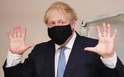 Boris Johnson contro obesità: dimagrite come me per combattere Covid