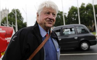 Stanley Johnson, father of Conservative MP Boris Johnson, speaks to members of the media in Westminster, central London on June 13, 2019. - Brexit hardliner Boris Johnson topped the ballot by a landslide Thursday in a first-round vote for a leader to replace British Prime Minister Theresa May as the deadline for leaving the EU looms. (Photo by Tolga AKMEN / AFP)        (Photo credit should read TOLGA AKMEN/AFP via Getty Images)
