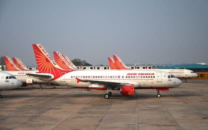 India, aereo passeggeri si schianta in atterraggio: si temono vittime