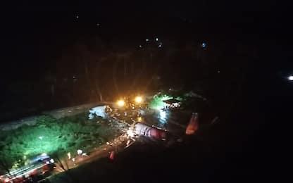 India, incidente aereo in Kerala: almeno 14 morti e 123 feriti