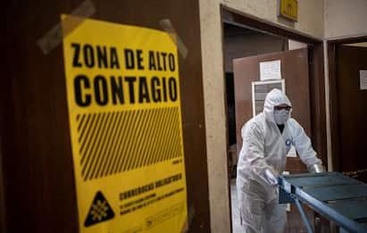 Coronavirus mondo, oltre 104 milioni di casi. 450mila morti in Usa