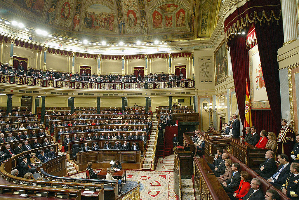 Re Juan Carlos di fronte al Parlamento