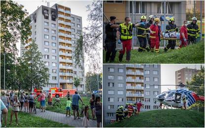 Repubblica Ceca, incendio in un palazzo: 11 morti, tra cui 3 bambini
