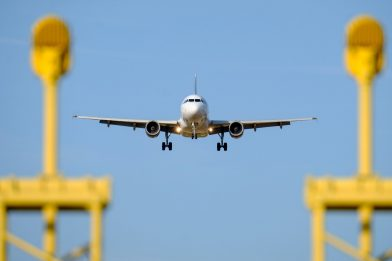 Coronavirus, le regole per viaggiare sicuri in aereo