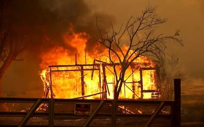San Francisco, evacuate migliaia di persone per incendi in California