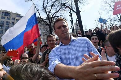 Russia, ricoverato leader opposizione Navalny per avvelenamento
