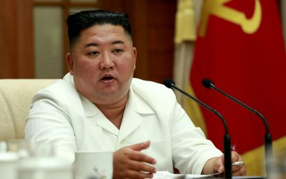 Kim Jong-un torna in pubblico dopo voci su gravi condizioni di salute