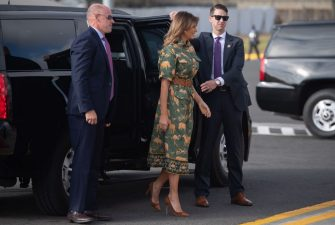 US First Lady Melania Trump gets out of her SUV before boarding her military airplane prior to departing from Jomo Kenyatta International Airport in Nairobi, October 6, 2018, as she heads to Cairo, the final stop on her week-long trip through four countries in Africa. (Photo by SAUL LOEB / AFP)        (Photo credit should read SAUL LOEB/AFP via Getty Images)