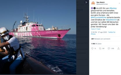 Migranti, Banksy finanzia una nave per il soccorso nel Mediterraneo
