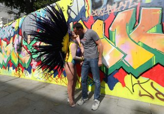 Pilates instructor Juliana Campos, in her carnival costume, with her fiance Cody Bradshaw in Notting Hill, London, on what would have been the weekend of the Notting Hill Carnival. The couple met in Notting Hill in early February and are due to be married on September 4. The 2020 carnival was cancelled due to the coronavirus pandemic, with events being streamed online. (Yui Mok / IPA/Fotogramma, London - 2020-08-30) p.s. la foto e' utilizzabile nel rispetto del contesto in cui e' stata scattata, e senza intento diffamatorio del decoro delle persone rappresentate