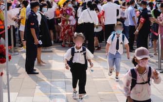 scuole riaperte wuhan