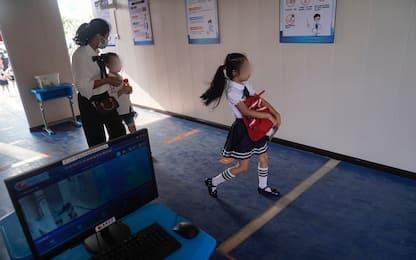 Covid, 98 casi in Cina: Pechino rinvia l'apertura delle scuole