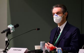 MILAN, ITALY - MARCH 31: Attilio Fontana, President of the Lombardy Region protective mask attends the Press Conference of the Ospedalefieramilano Presentation on March 31, 2020 in Milan, Italy. The Italian government continues to enforce the nationwide lockdown measures to control the spread of COVID-19. (Photo by Pier Marco Tacca/Getty Images)