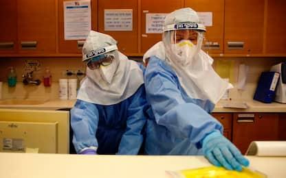 Vaccino Covid, in Israele prime dosi anche agli adolescenti