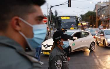 hero lockdown israele getty