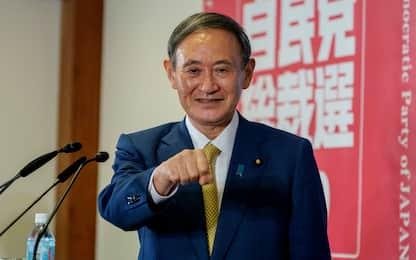 Giappone, Yoshihide Suga è il nuovo premier