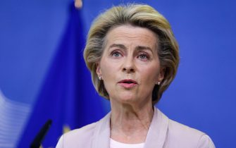 epa08653815 President of the European Commission Ursula Von der Leyen announces the replacement of Ireland's Commissioner Phil Hogan, whose portfolio will be taken by Latvia's Commissioner Valdis Dombrovskis, in Brussels, Belgium, 08 September 2020. This change comes as the Ireland's commissioner was obliged to resign after non compliance with coronavirus sanitary measures.  EPA/ARIS OIKONOMOU / POOL