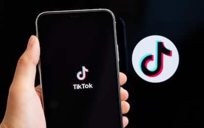 TikTok bloccato dopo la morte della bambina di 10 anni a Palermo