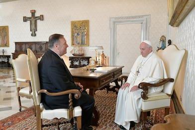 """Usa, Mike Pompeo: """"Vaticano non rinnovi accordo con Cina"""""""