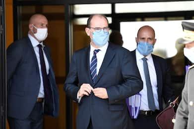 Coronavirus Francia, il premier Castex non esclude nuovo lockdown