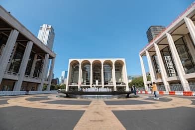 Metropolitan Opera House chiuso per un altro anno a causa del covid