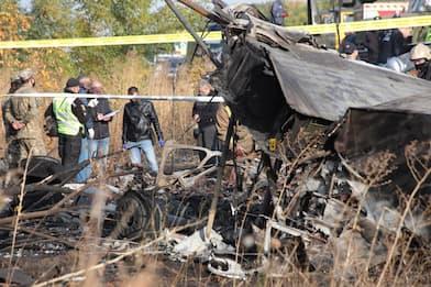 Ucraina, si schianta aereo militare: 26 morti