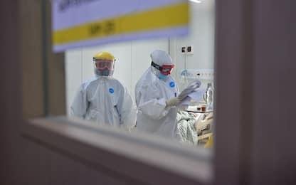 Coronavirus, sono quasi un milione i morti nel mondo