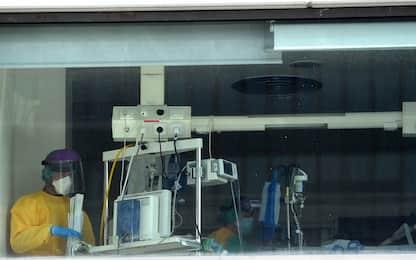 Coronavirus Spagna, governo pronto a tutto per fermare picco a Madrid