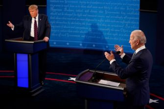 epa08707127 US President Donald Trump and Democratic presidential candidate and former Vice President Joe Biden exchange points during the first Presidential Debate at the Case Western Reserve University and Cleveland Clinic in Cleveland, Ohio, 29 September 2020. It is the first of three scheduled debates between US President Donald Trump and Democratic presidential candidate and former Vice President Joe Biden.  EPA/Morry Gash / POOL