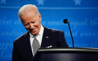 epa08707164 Democratic presidential candidate Joe Biden reacts as he participates in the first 2020 presidential election debate at Samson Pavilion in Cleveland, Ohio, USA, 29 September 2020. The first presidential debate is co-hosted by Case Western Reserve University and the Cleveland Clinic.  EPA/JIM LO SCALZO
