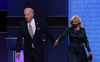CLEVELAND, OHIO - SEPTEMBER 29:  Democratic presidential nominee Joe Biden and his wife Jill Biden greet the audience after the first presidential debate against U.S. President Donald Trump at the Health Education Campus of Case Western Reserve University on September 29, 2020 in Cleveland, Ohio. This is the first of three planned debates between the two candidates in the lead up to the election on November 3. (Photo by Scott Olson/Getty Images)