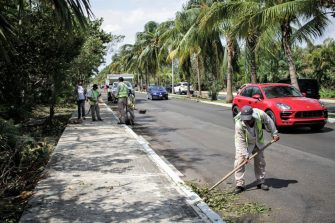 CANCUN, MEXICO - OCTOBER 8: A member of the municipality cleaning staff clers debris from Hurricane Delta at Kukulkan Boulevard on October 8, 2020 in Cancun, Mexico. Hurricane Delta made landfall in the Mexican east coast in the morning of Wednesday October 07, between Cancún and Playa del Carmen, forcing evacuations in touristic areas. Governors of regions of Quintana Roo and Yucatán reported no deaths or major damage to the infrastructure. The powerful category 2 storm is expected to increase its power as it approaches the US Gulf coast. American National Hurricane Center informed Delta will move inland by late Friday 09. (Photo by Harold Alcocer/MediosyMedia/Getty Images)