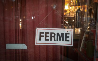 Coronavirus Francia: verso proroga stato di emergenza fino al 16/02