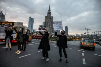 Thousands of people took to the streets of Poland for a fifth straight day of protests against a constitutional court ruling that would impose a near-total ban on abortion in Poland. They occupied several key roundabouts in the city center to block traffic and chanted anti-government slogans, brandishing the protest symbol - a red lightning bolt. The Women's Strike Organization (Strajk Kobiet), which initiated the protests in Poland, chose as its motto: This is war! (To jest wojna!) and Get the Fuck Out! (Wypierdala?!). Warsaw, Poland, October 26, 2020. Photo by Newspix/ABACAPRESS.COM (Newspix/ABACA / IPA/Fotogramma, - - 2020-10-26) p.s. la foto e' utilizzabile nel rispetto del contesto in cui e' stata scattata, e senza intento diffamatorio del decoro delle persone rappresentate