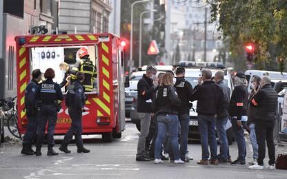 Lione, prete ortodosso ferito da 2 colpi di fucile: arrestato sospetto