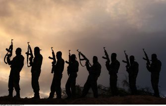 Members of Al-Quds Brigades, the military wing of Palestinian Islamic Jihad, partol during military training exercises, in Deir al-Balah in the central Gaza Strip, November 25, 2014. Photo by Ashraf Amra/APAIMAGES_1828.12/Credit:Ashraf Amra/apaimages/SIPA/1411251837