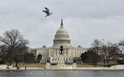 Elezioni Usa, i dem tengono la Camera, il Senato verso i repubblicani