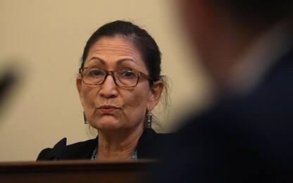 Usa, Biden sceglie Deb Haaland, prima nativa americana al governo
