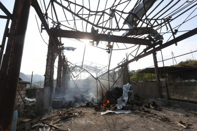Armenia, elicottero russo abbattuto vicino a confine con l'Azerbaigian